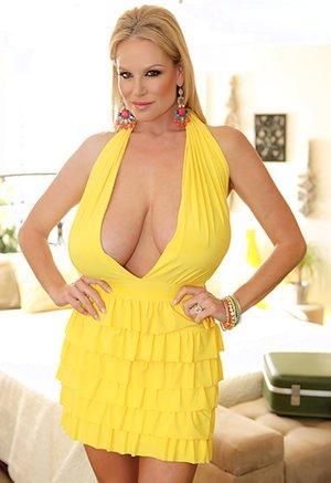 Big Tits Dress Pictures