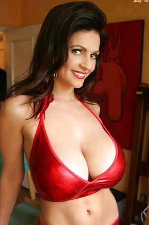 Big Tits Bra Pictures
